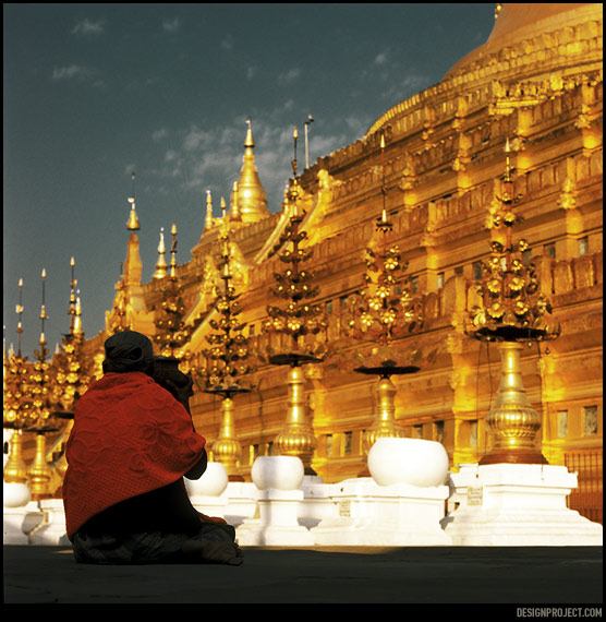 Почти все жители мьянмы необычайно религиозны и суеверны.