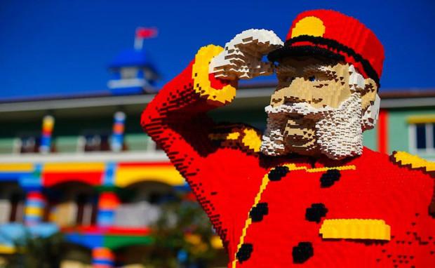 3-lego-otel