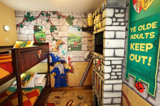 8-lego-otel
