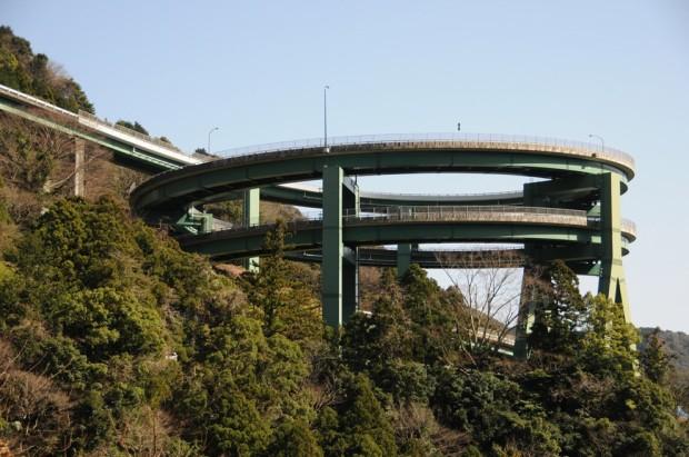 двойная петля в Японии