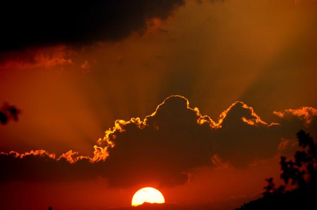 Закат 1 февраля в Африке. Alexander Joe