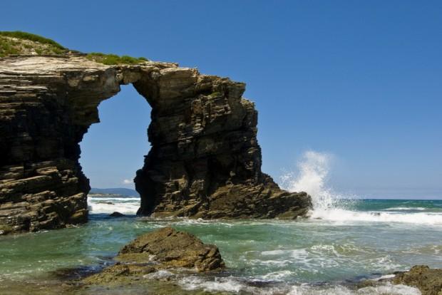 скалы-соборы
