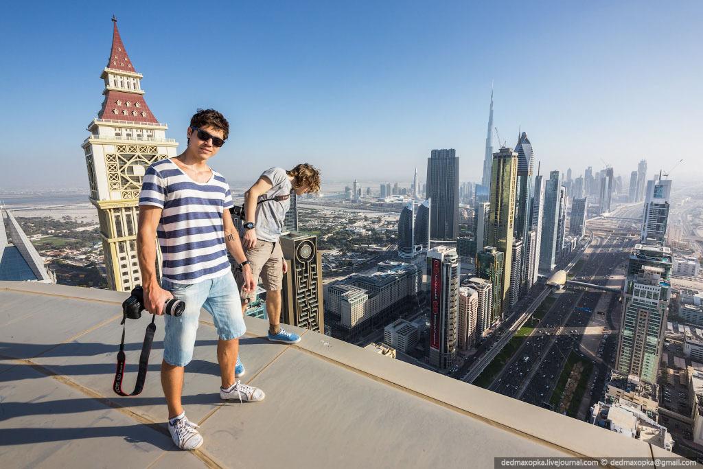 Российские руферы на крышах города Дубая То там, то тут