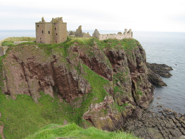 Замок Даннотар, Шотландия