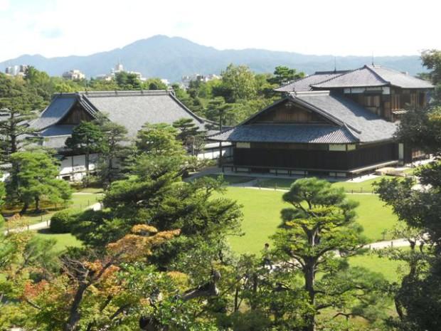Замок Нидзё с садом