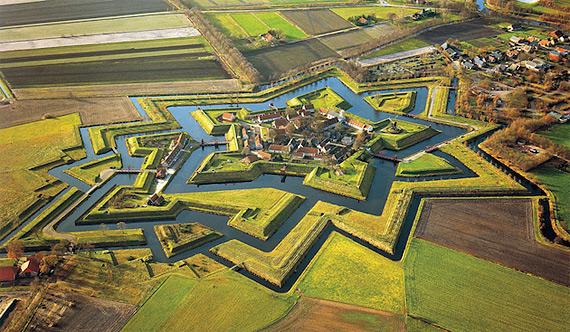 Форт в деревне Буртанж, Нидерланды