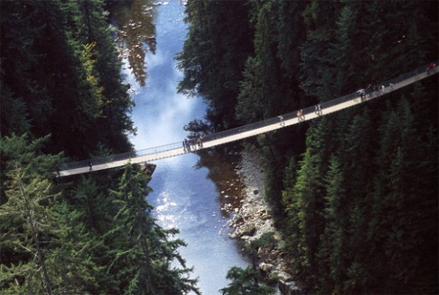 Capilano-Suspension-Bridge-in-Nort-Vancouver2-640x432