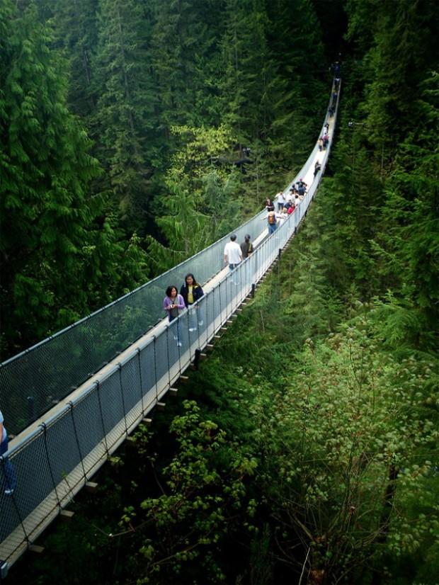 Capilano-Suspension-Bridge-in-Nort-Vancouver3-640x853