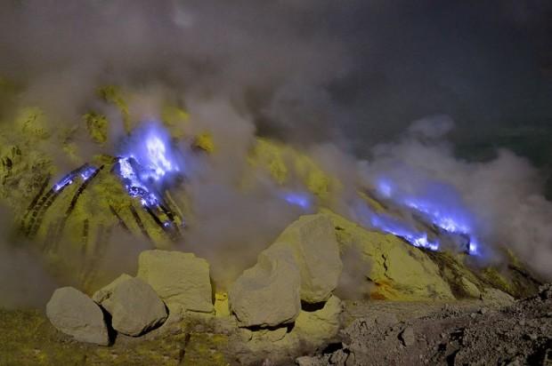 Olivier Grunewald blue lava