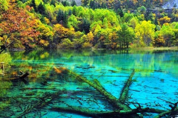 самое загадочное озеро
