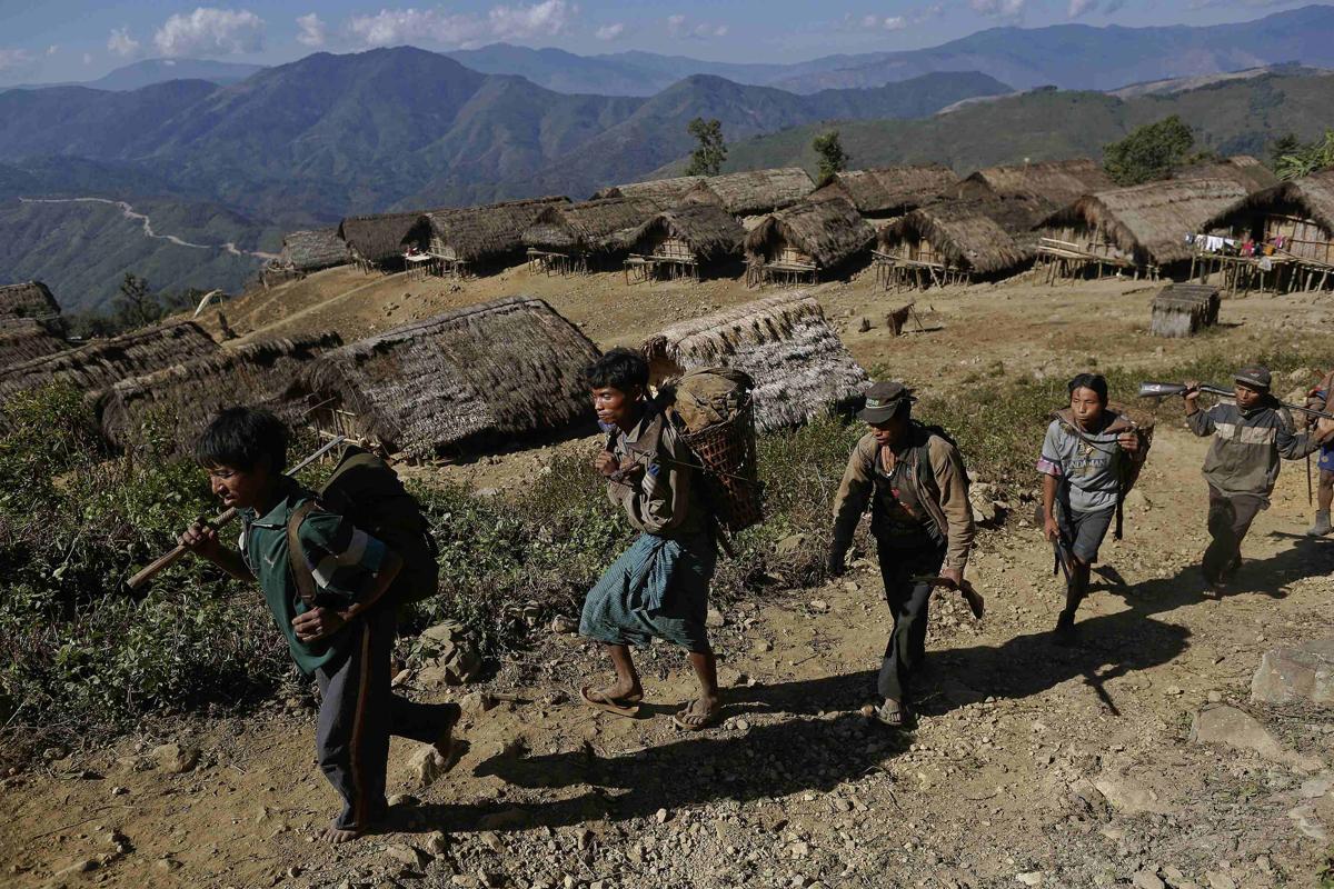 2015-01-09T114726Z_1115016953_LM2EB1813YV01_RTRMADP_3_MYANMAR-NAGA-WIDERIMAGE