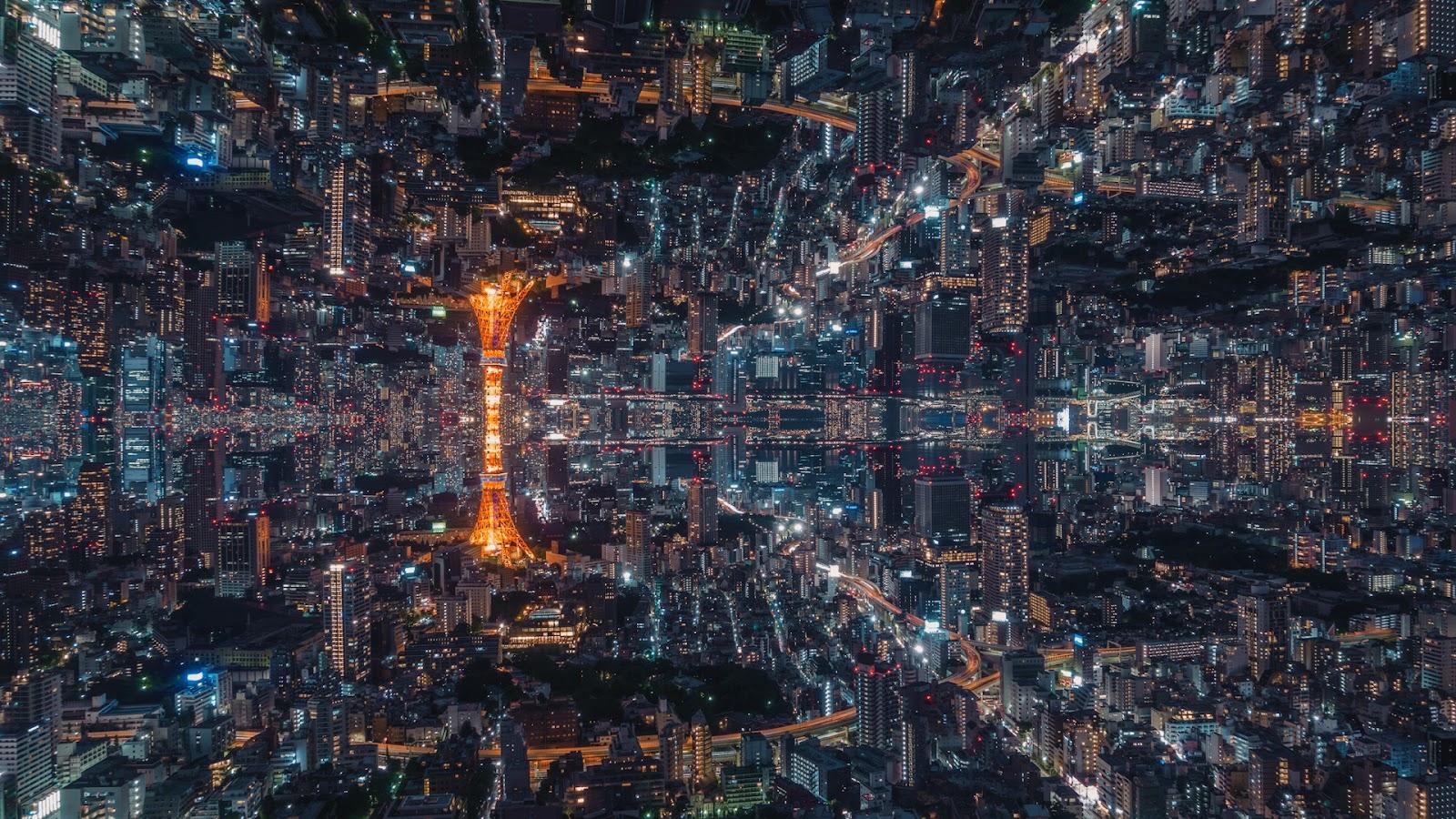 Mirrored-Tokyo_0