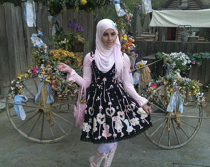 muslim-lolita-hijab-japanese-fashion-anime-38