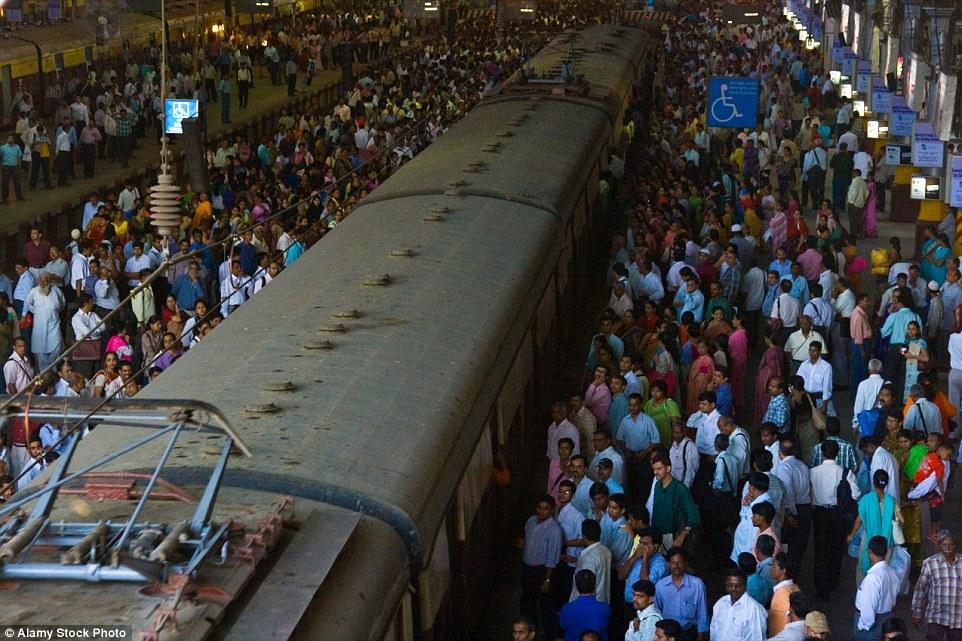 Станция «Чатрапати Шиваджи». Мумбай, Индия.