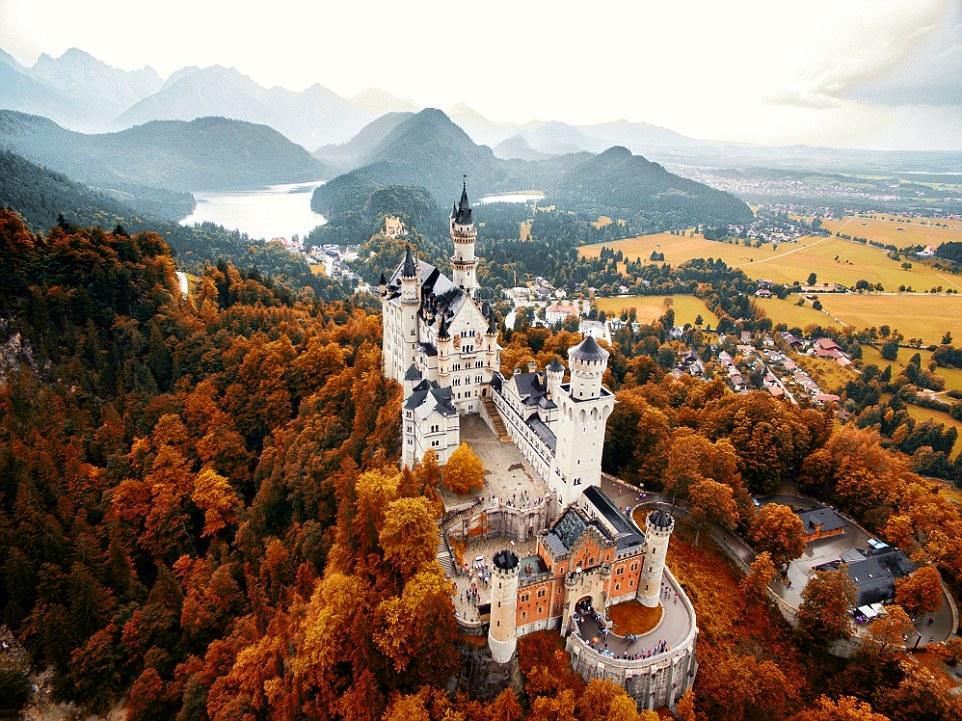 Замок Нойшванштайн, Германия. Автор: @jacob.