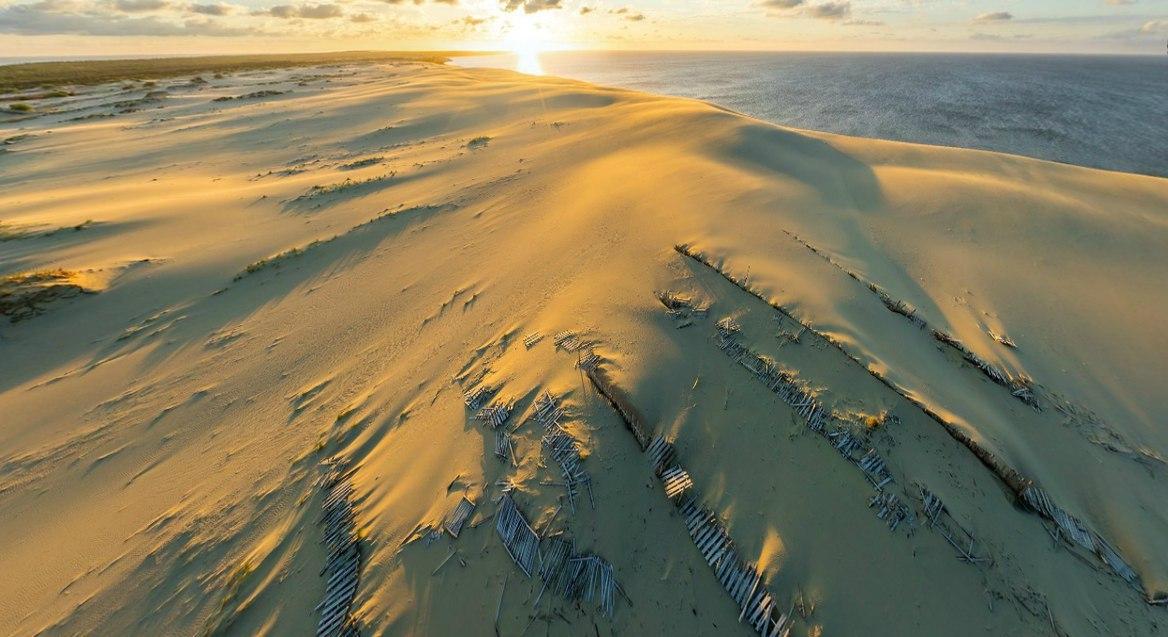 Разрушенные пескоудерживающие конструкции