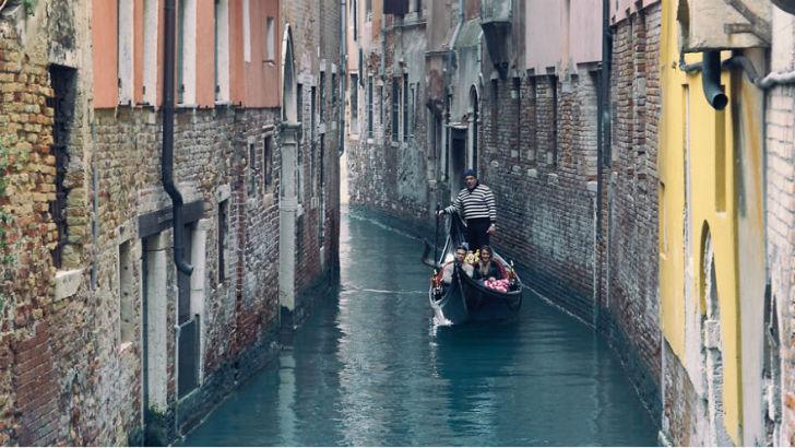 Так бы кататься по каналам Венеции...