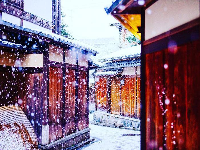 heavy-snowfall-kyoto-japan-2017-29-587dd145530b9__700