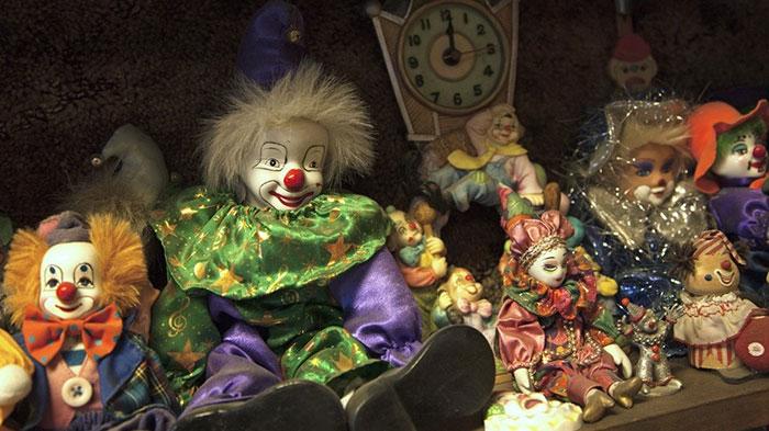 the-clown-motel-tonopah-nevada-12