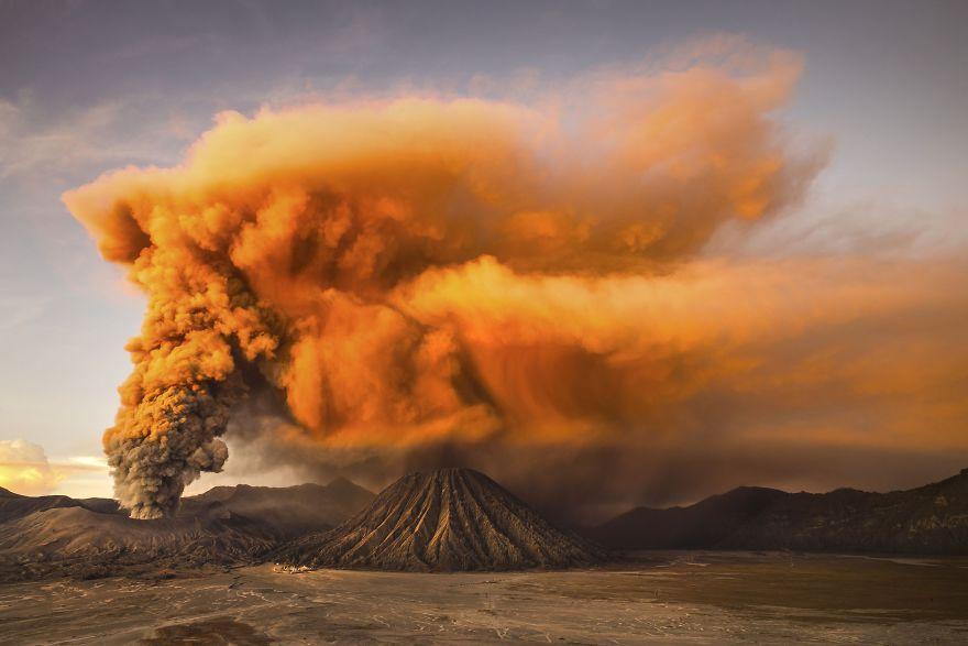 Извержение Бромо