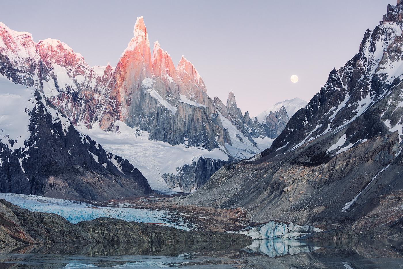 снежные горы Патагонии