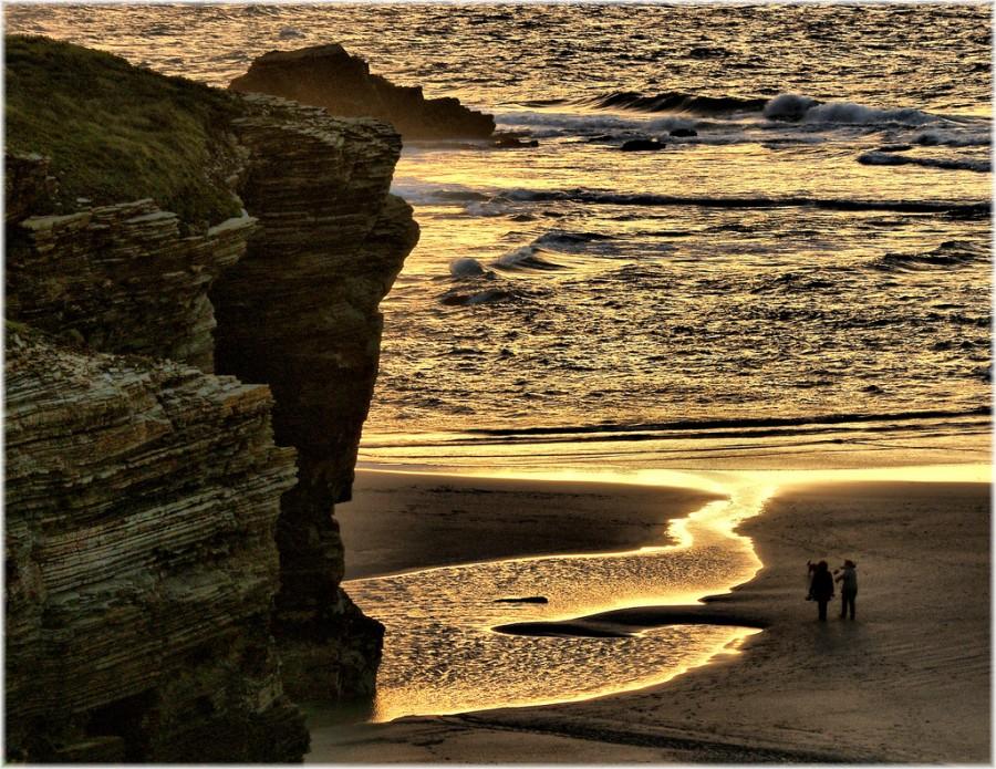 отлив на пляже
