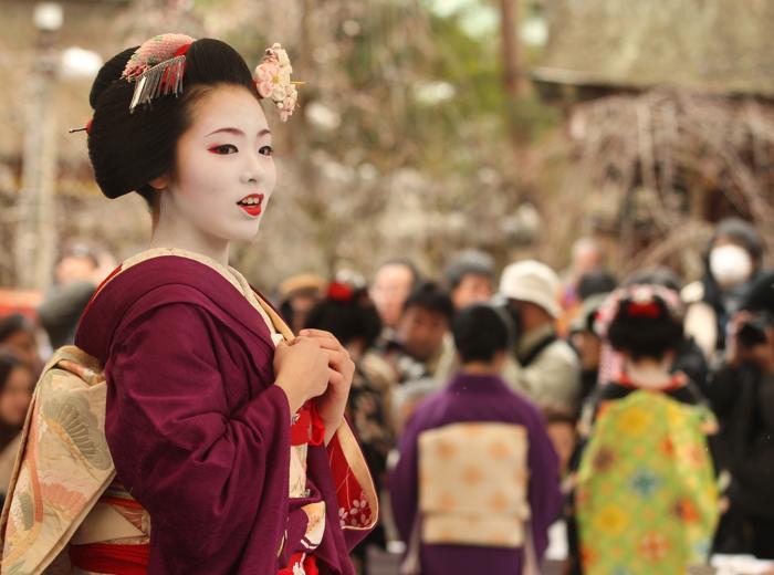гейши на Уме мацури