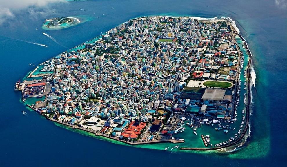 город на острове