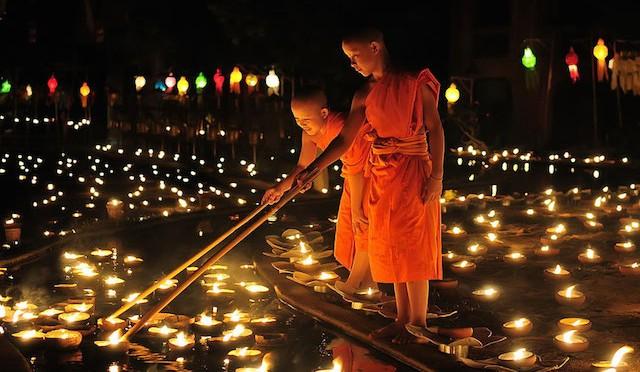 Лойкратхонг фестиваль в Таиланде