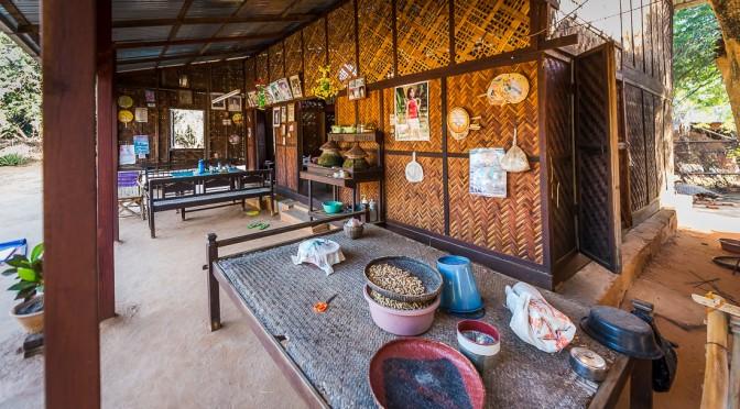 Анонс: Зажиточная бирманская деревня