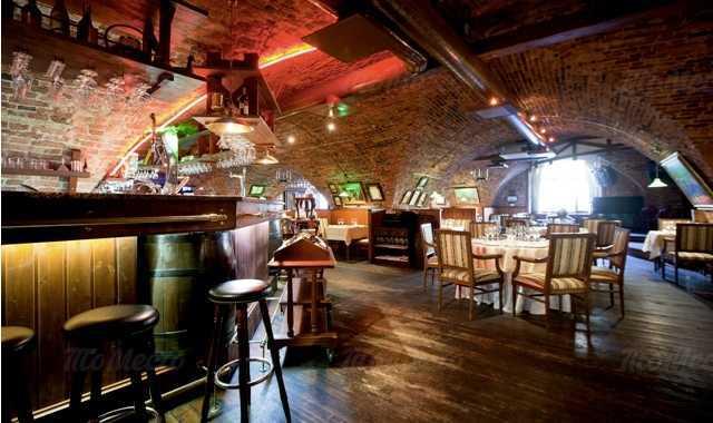 «Старая Таможня» - ресторан в помещении бывшей таможни